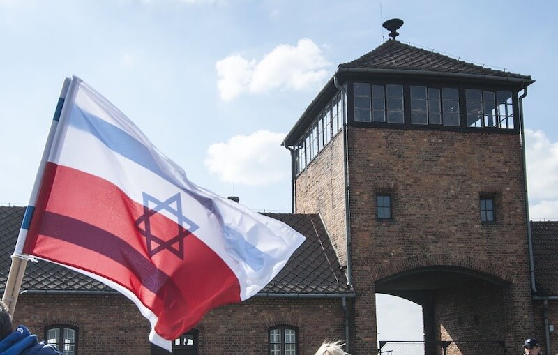 jews declare war on poland holocaust law