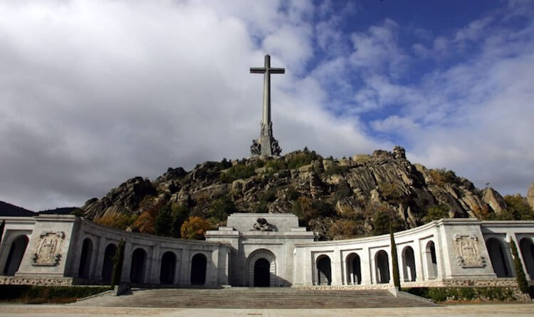 spain to exhume fascist franco