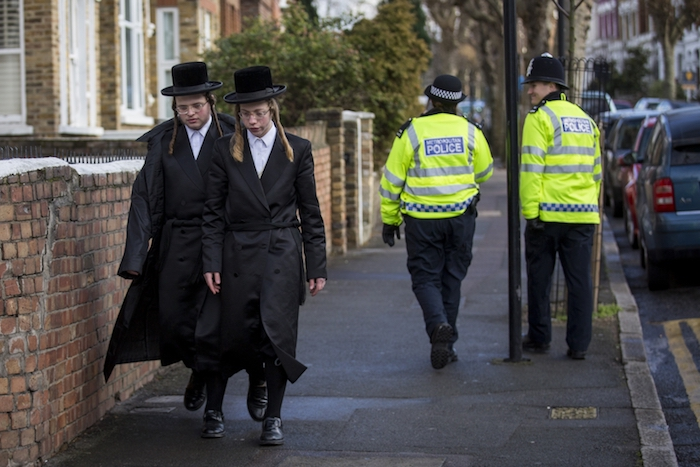 jews planning to leave uk anti-semitism
