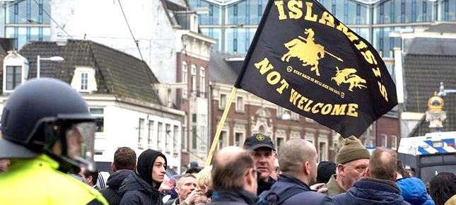Dutch Police Monitoring Over 160 Known Muslim Terrorist Suspects