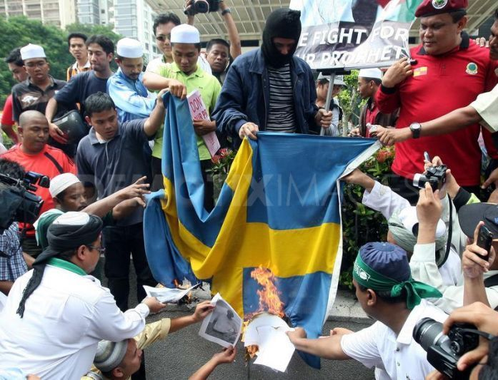 Jewish Think Tank Claims Bad News About Sweden Is Part of 'Right Wing Conspiracy'