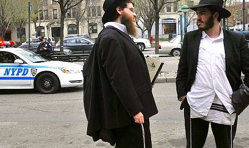 "Brooklyn Blacks Mistake Jews for White in Violent ""Antisemitic"" Attacks"